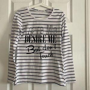 *NWOT* Elisaimagine White & Black Long Sleeves Top